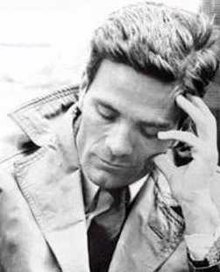 https://upload.wikimedia.org/wikipedia/commons/thumb/4/49/Pier_Paolo_Pasolini.jpg/220px-Pier_Paolo_Pasolini.jpg