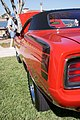 Plymouth Barracuda 1970 Hemi DownLRear Lake Mirror Cassic 16Oct2010 (14690574168).jpg