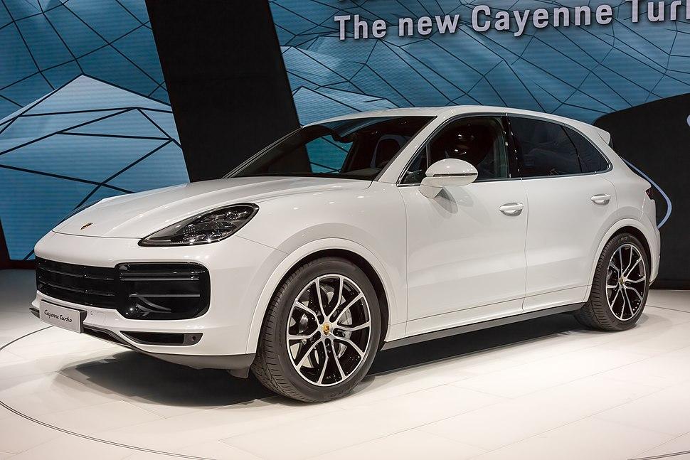 6d512ed7c88e Porsche Cayenne - Howling Pixel