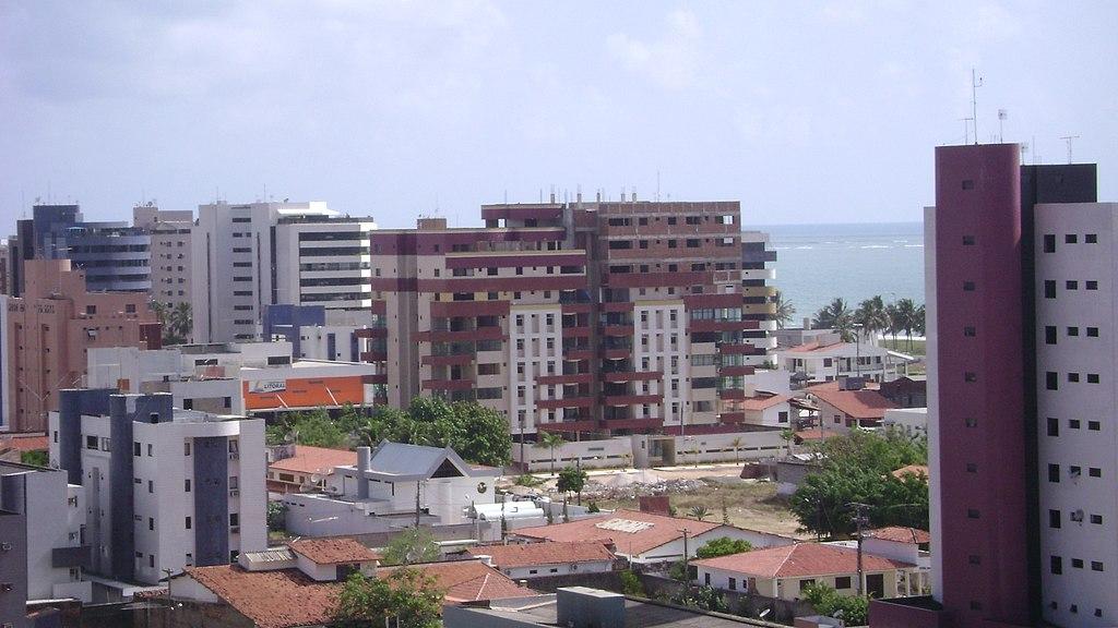 Panorama de Cabedelo, com a praia de Intermares ao fundo.