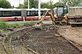 Praha, Řepy, Sídliště Řepy, rekonstrukce tramvajové konečné, odstranění dlažby.JPG