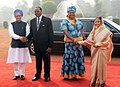 Pratibha Devisingh Patil and the Prime Minister, Dr. Manmohan Singh at the Ceremonial Reception of the President of Republic of Malawi, Ngwazi Prof. Bingu wa Mutharika and his wife Mrs. Callista wa Mutharika.jpg