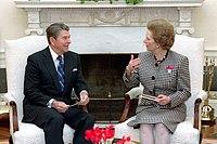 fotografia de Thatcher e Reagan