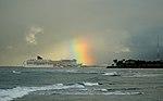 Pride of America heading into Honolulu (4610730445).jpg