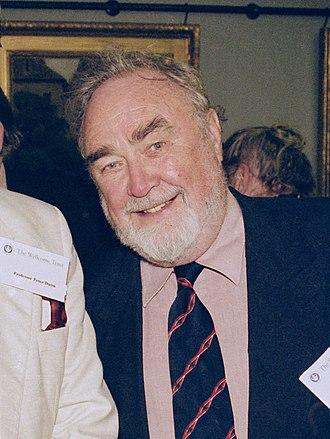 Professor Geoffrey Chamberlain, 6 June 2000.jpg
