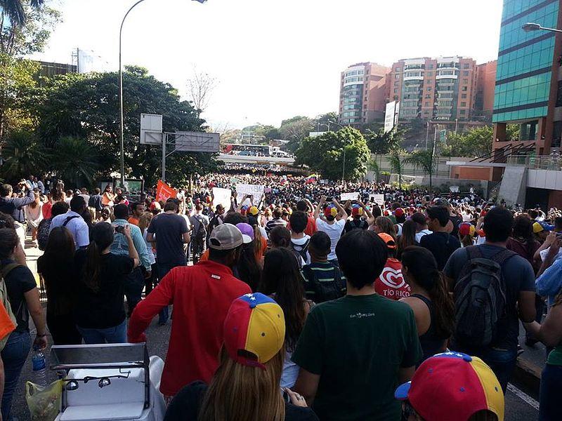 File:Protestas Caracas Venezuela.jpg