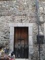 Puerta de madera en el centro de Taxco.jpg