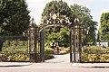 Queen Mary's Garden Entrance IMG 4353.jpg