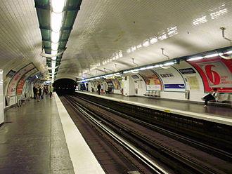 Rambuteau (Paris Métro) - Image: Rambuteau métro 01