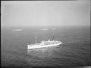 Relief (AH1). Hospital ship, Aerial, starboard side, underway, 10-15-1931 - NARA - 520825.tif