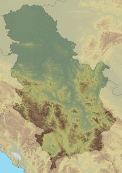 """Mapa konturowa Serbii, blisko górnej krawiędzi nieco na lewo znajduje się punkt z opisem """"miejsce bitwy"""""""