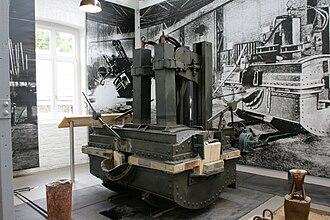 Crucible Industries - 1905 Héroult electric-arc DC furnace