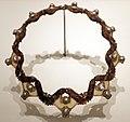 René lailique, collare cavallette, corno, foglia di stagno e perle scaramazze, 1902-03 ca.jpg