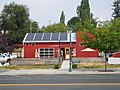 Restaurant in Palouse with lots of solar panels (36887600202).jpg