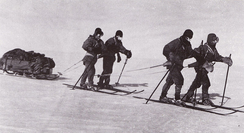 File:Returning from the pole - Terra Nova Expedition.jpg