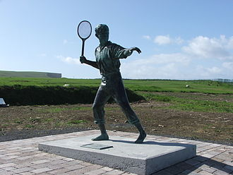 Richard Harris - A statue in Kilkee, Ireland, of the young Richard Harris playing squash racquets