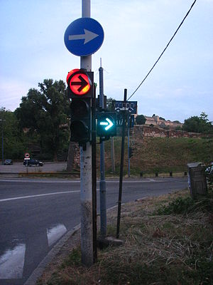 "Turn on red - ""Right turn on red"" traffic light in Belgrade, Serbia, right turn only after passing pedestrians and traffic oncoming from left."