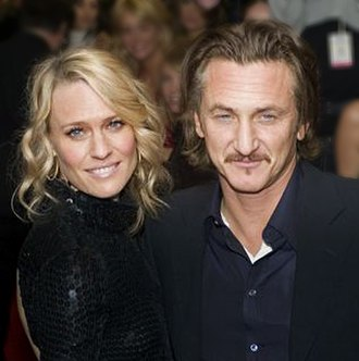 Robin Wright - Wright with then-husband Sean Penn in September 2006