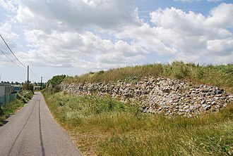 Kingdom of Kent - Roman fort wall at Regulbium