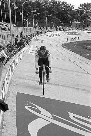 Ron Baensch - Baensch at the 1966 UCI Track Cycling World Championships