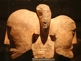 Roquepertuse - Two-headed sculpture from Roquepertuse