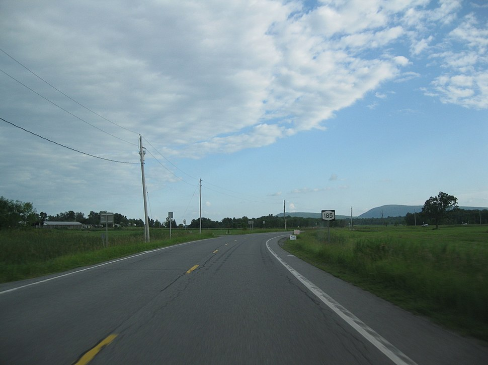 Route 185 through rural Crown Point