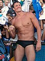 Ryan Lochte signs autographs (8991462162) (cropped).jpg
