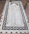 S. croce, tomba sul pavimento 98.JPG