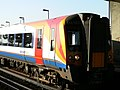 SWT 444025 at Poole 2005-07-16 03.jpg