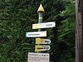 Saint-Maurice-d'Ardèche - Poteau de signalisation pour les randonneurs - Lanas, Rochecolombe, Balazuc, Leyris.jpg