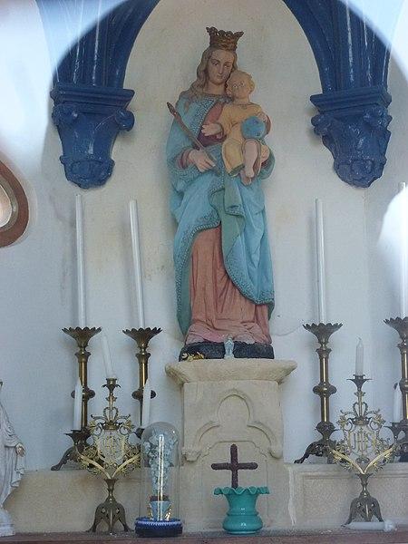 Sainte-Marie-Kerque (Pas-de-Calais) chapelle N.D.des Marais intérieur