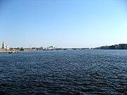 Sankt-Petěrburg, řeka Něva.jpg