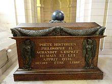 Sarkophag Voltaires im Pantheon, Paris (Quelle: Wikimedia)