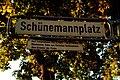 Schünemannplatz Hannover Ricklingen Straßenschild Karl und Christian Schünemann.jpg
