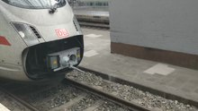 File:Scharfenberg coupler in action ICE Leipzig-short.webm