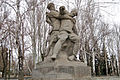 Sculpture of soldier, who support the wounded commander 001.jpg
