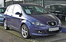 Seat Altea 20090301 front.jpg