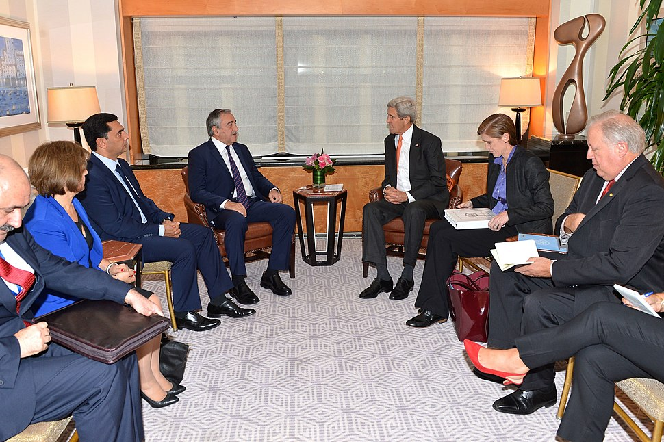 Secretary Kerry Meets With Turkish Cypriot Leader Akinci in New York City (21901946901)