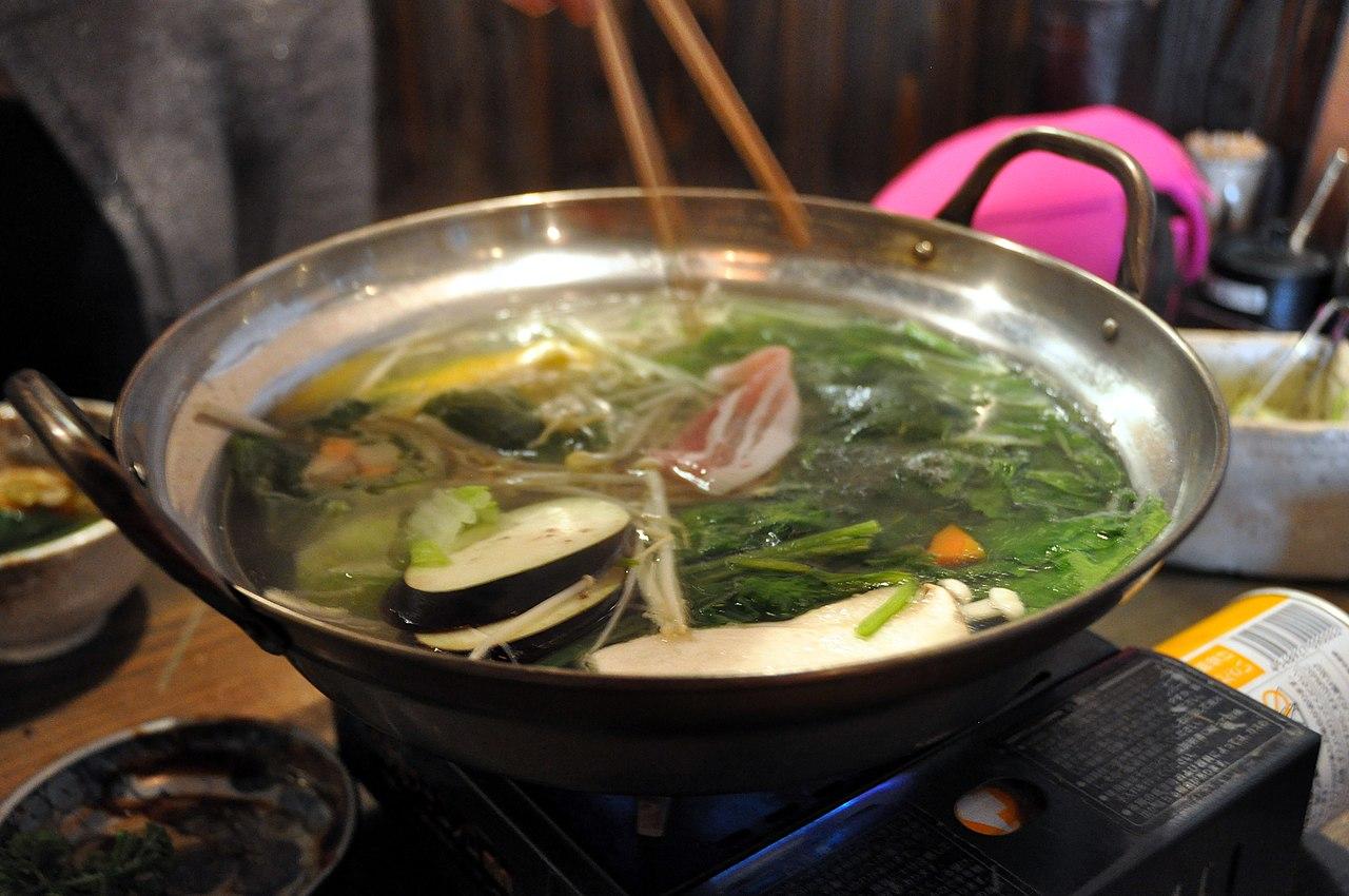 طبق شابو شابو والذي يخلط معه التوفو | عبر ويكيميديا
