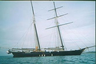Schooner - Rig of topsail schooner Shenandoah at anchor without sails