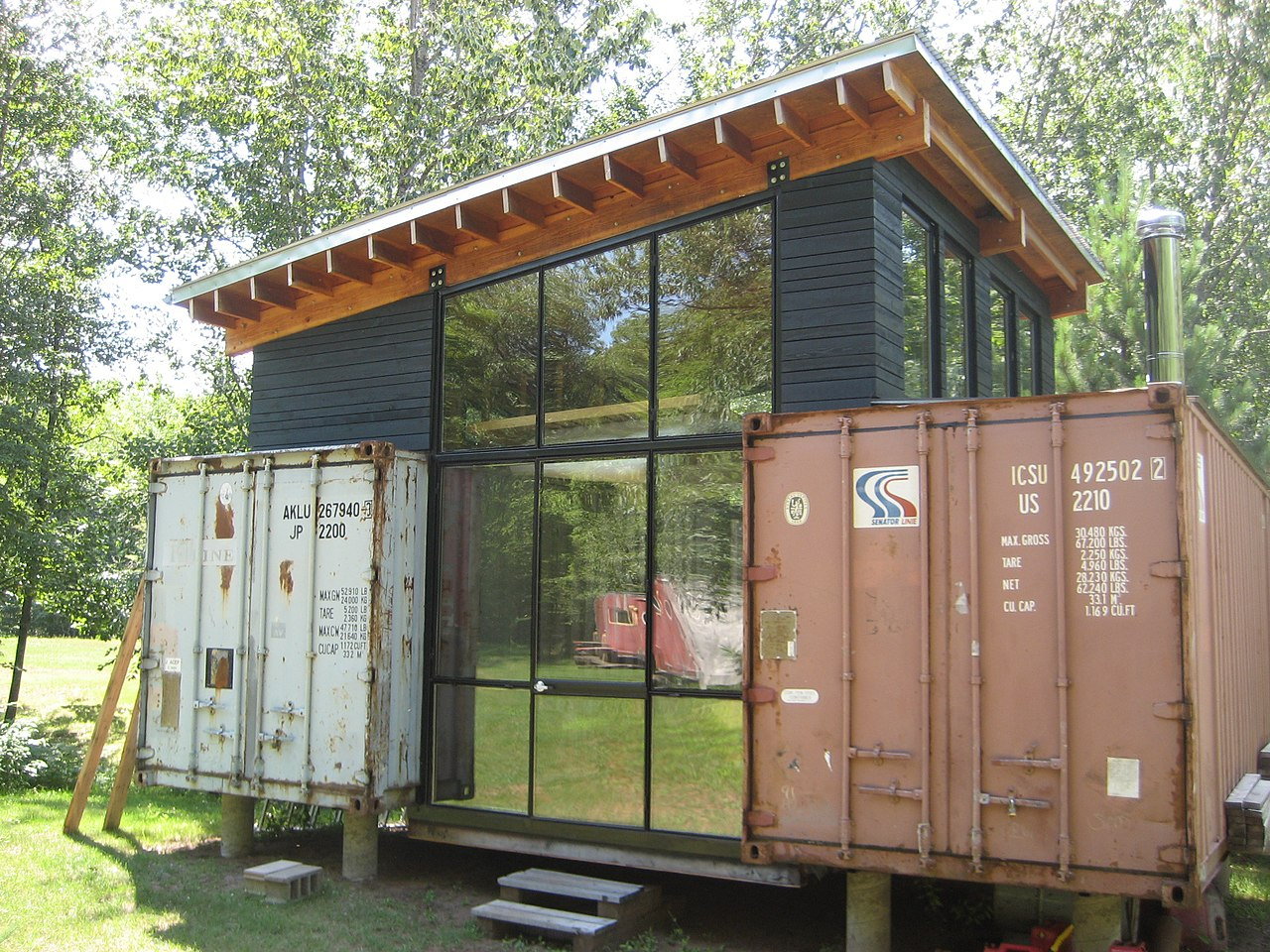 File wikimedia commons - Awesome shipping container homes ...