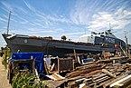 Shoreham-by-Sea houseboat 'Die Fische' M1096, Riverside Moorings, West Sussex 01.jpg