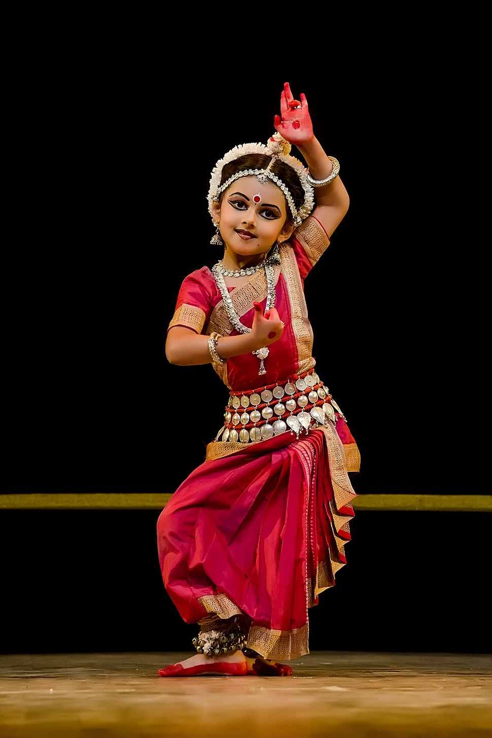 Shrinika performing Abhinaya (Kede Chhanda Janilu Tuhi)