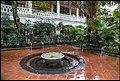 Singapore Raffles Hotel Court Yard-1 (23507940564).jpg