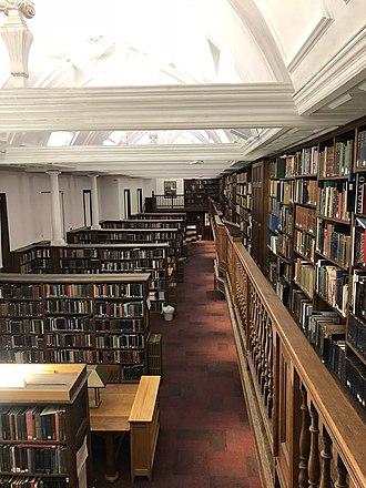 Somerville College Library - Image: Somerville College Oxford, Library, Pfeiffer Room