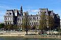 South facade of Hôtel de Ville, Paris 13 April 2015.jpg