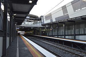 Springvale railway station - Wikipedia on noble park, box hill, caroline springs, glen waverley,
