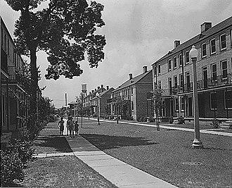St. Thomas Development - Buildings on St Thomas St., early 1940s