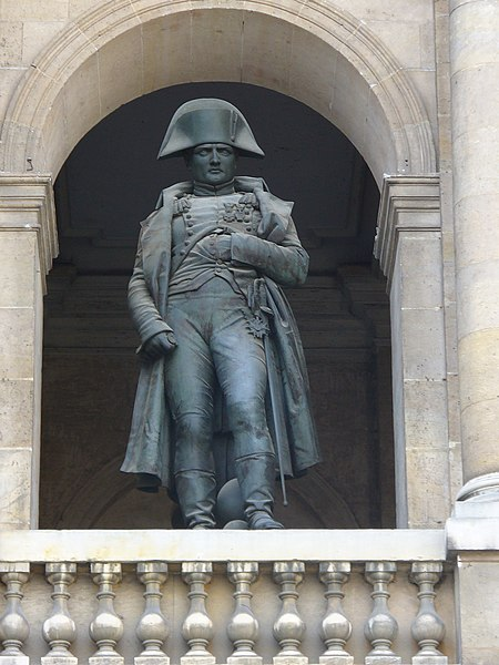 File:Statue aux invalides.jpg