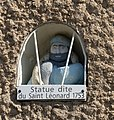 Statue de saint Léonard Les Granges-le-Roi.jpg
